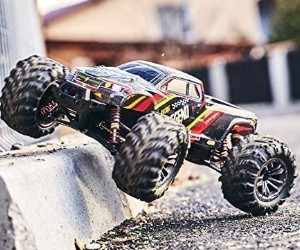 1:10 LEGENDARY RC Off Road Monster Truck, All Terrain, Waterproof review