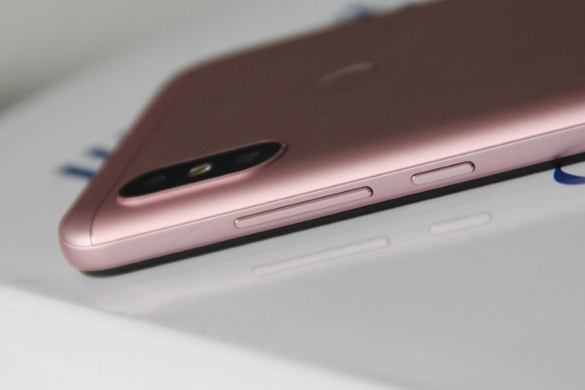 Xiaomi-Redmi-6-Pro-4.jpg