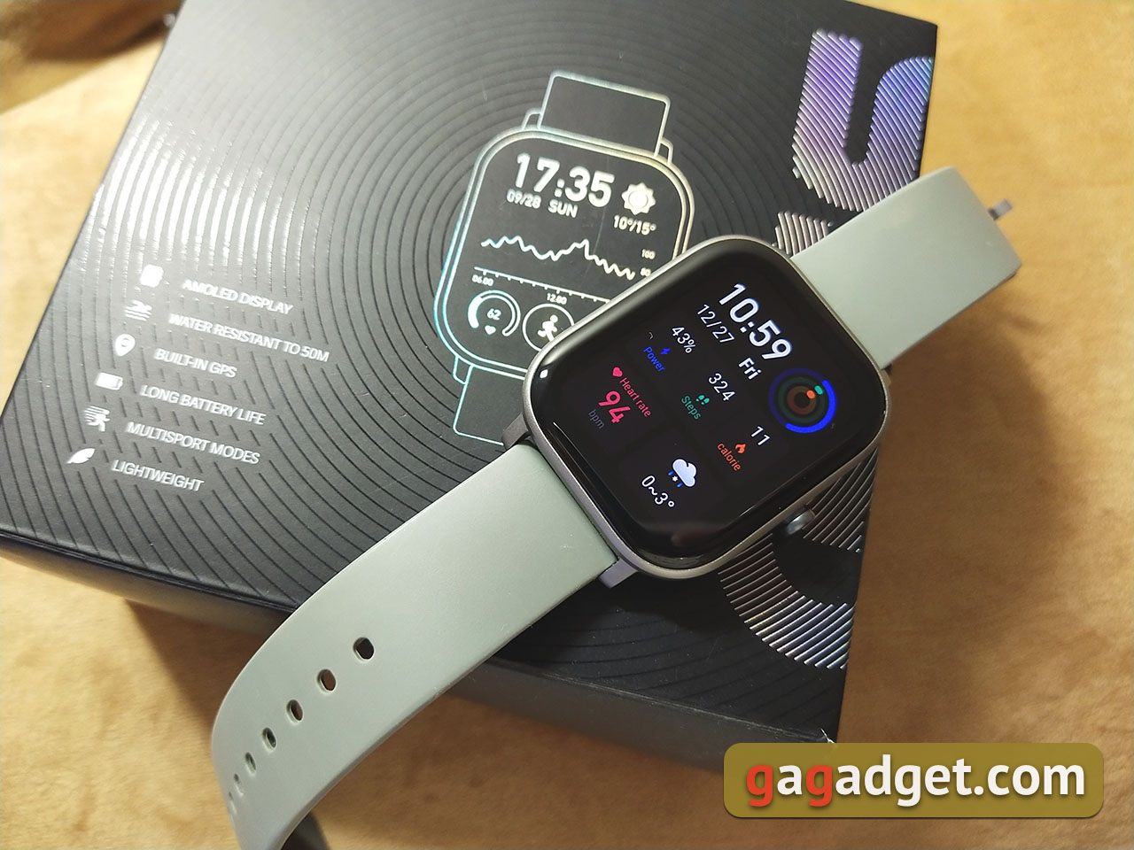 Огляд Amazfit GTS: Apple Watch для бідних?