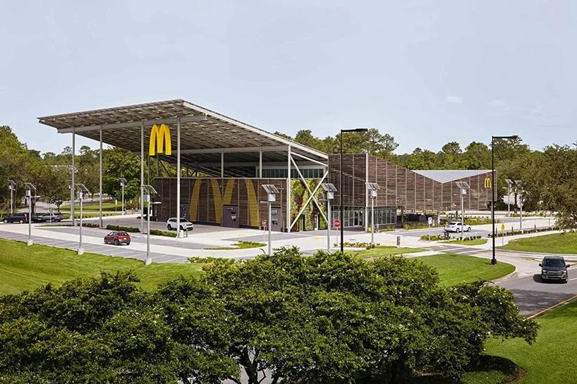McDonald's открыл первое автономное заведение с солнечными панелями,  которое полностью обеспечивает себя электричеством | gagadget.com