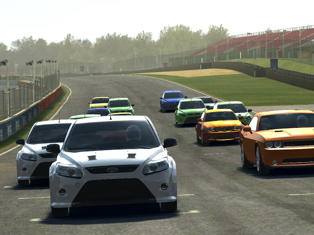Игры для iPad: Real Racing 3-5