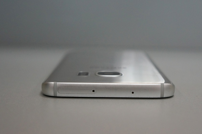 Samsung Galaxy S7 Review: Breach the Line | gagadget com