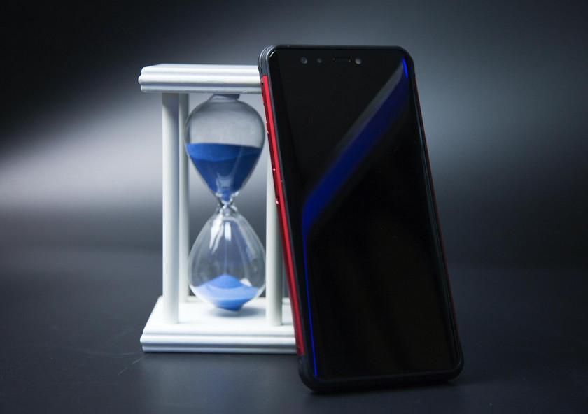 Полноэкранный смартфон Vernee V2 Pro работает долго, воды не боится-3